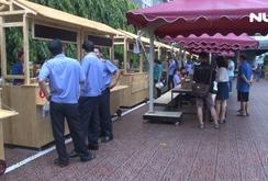 Phố hàng rong thứ 2 tại TPHCM hút khách ngày khai trương