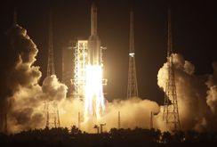 Trung Quốc phóng tên lửa vũ trụ thất bại