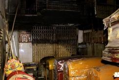 Cháy nhà, cả 4 người trong nhà chết cháy