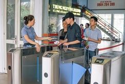 Ghi nhanh: Ga Sài Gòn vận hành soát vé tàu tự động