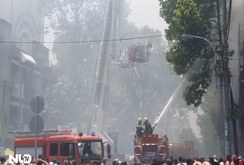 TP HCM: Cháy lớn tại tiệm tóc