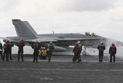 Bản tin NLĐ ngày 29-5: Ba tàu sân bay Mỹ áp sát Triều Tiên