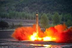 Bản tin NLĐ ngày 3-7: Triều Tiên tuyên bố tên lửa bắn tới Mỹ