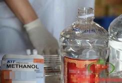 Bản tin NLĐ ngày 16-2: Vụ ngộ độc 7 người chết: Methanol - cồn công nghiệp là rượu độc