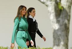 Bản tin NLĐ ngày 6-4 : Đệ nhất phu nhân Mỹ đọ sắc cùng hoàng hậu Jordan