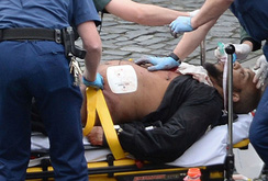 Tấn công khủng bố ở Anh, 5 người chết, 40 người bị thương