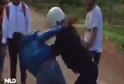 Clip: Nữ sinh liên tiếp đánh nhau