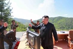 """Bản tin NLĐ ngày 4-7: Trung Quốc cảnh báo căng thẳng Triều Tiên """"vượt tầm kiểm soát"""""""