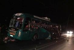 Nổ xe khách giường nằm ở Bắc Ninh, 2 người chết, 12 người bị thương