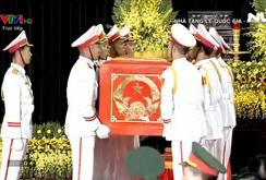 Hàng ngàn người nghẹn ngào tiễn đưa Chủ tịch nước Trần Đại Quang