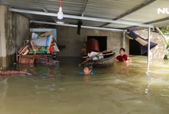 Nắng lên, Quảng Nam vẫn chìm trong biển nước, người chết tăng