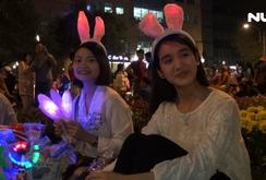 Ghi nhanh: Người Sài Gòn nô nức đi chơi Giáng sinh