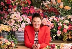 Cô gái Mỹ kiếm triệu USD từ bán hoa