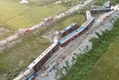 Tàu lửa tông xe ben, hai người chết, nhiều người bị thương