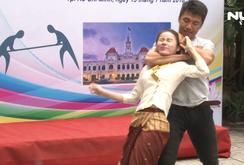 Sinh viên Lào, Campuchia hào hứng học kỹ năng tự vệ