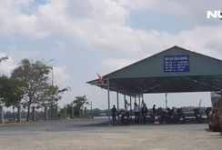 Xây bến đò tạm trong khu biệt thự, nhiều hộ dân phản đối