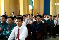 Hàng trăm tài xế đến tòa ủng hộ Vinasun kiện Grab Taxi