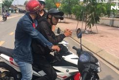 Bắt gọn 4 đối tượng dàn cảnh cướp xe máy