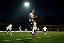 Tottenham bất ngờ bị đội bóng Hạng 3 cầm hòa