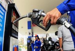 Tiêu điểm: Tăng thuế môi trường với xăng dầu là vô lý