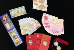 Tiền in linh vật heo hút khách dịp Tết Kỷ Hợi 2019