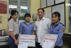 Báo Người Lao Động trao quà cho 2 nữ nhân viên gác chắn đường sắt cứu người