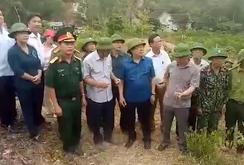 Phó Thủ tướng thị sát công tác chữa cháy rừng Hà Tĩnh