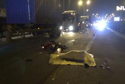 Chạy vào làn đường cấm, 2 người bị xe tải cán thương vong