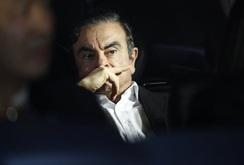 Chuyến bay tẩu thoát trị giá 350.000 USD của cựu CEO Nissan