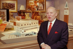 """Cuộc sống xa hoa của """"ông trùm sòng bạc"""" Sheldon Adelson"""