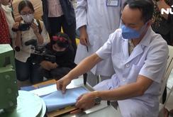 Bệnh viện Thống Nhất tự sản xuất khẩu trang y tế phục vụ các y bác sĩ