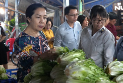 Nông sản phục vụ Tết dồi dào, giá ổn định