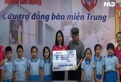 """Các em học sinh tiểu học đến với chương trình """"Trái tim miền Trung"""""""