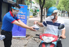 Báo Người Lao Động tiếp tục hành trình chia sẻ yêu thương