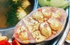 Món ăn dát vàng 24k gây tò mò trong ngày Thần Tài