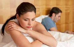 4 năm cưới nhau, vợ chồng gần gũi chưa được 10 lần