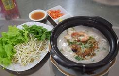 'Độc lạ' bún cá thố, bánh canh cốt dừa miền Tây ngay Sài Gòn