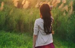 Nạn nhân bị xâm hại tình dục: 'Họ nhắn tin, gạ tình tôi'