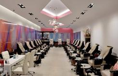 Images Luxury Nail Lounge (Mỹ) kiện chính quyền vì lệnh đóng cửa
