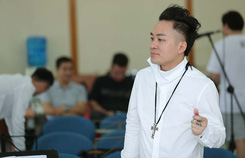 Tùng Dương say mê luyện tập trước concert 'để đời'