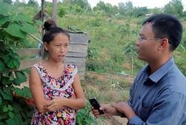 Người phiên dịch cho VTV cũng bức xúc với phóng sự phá rừng!