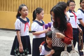Học sinh tiểu học TP HCM dùng tối đa 4 quyển vở