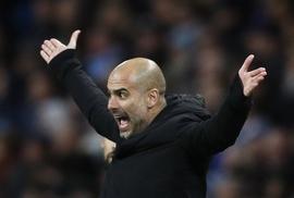 """Jesus nghỉ 6 tuần, Guardiola """"gào thét"""" với lịch thi đấu"""
