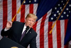 """Ông Donald Trump cảnh báo """"cuộc cạnh tranh cường quốc"""" với Nga, Trung"""