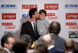 Gia đình Messi đáng yêu tại lễ trao giải Chiếc giày vàng