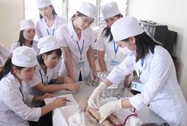 Nhật Bản sẽ tiếp nhận 10.000 điều dưỡng viên Việt Nam