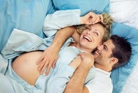 """""""Chuyện ấy"""" khi mang thai như thế nào?"""