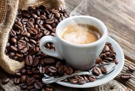 """""""Điều kỳ diệu"""" trên giường có thể xảy ra khi uống 2 tách cà phê!"""