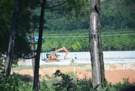 Dự án có nguy cơ gây ô nhiễm tiếp tục xây dựng, bất chấp lệnh dừng