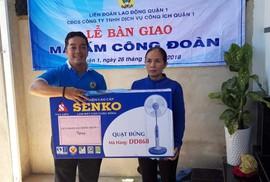 Trao Mái ấm Công đoàn cho công nhân vệ sinh